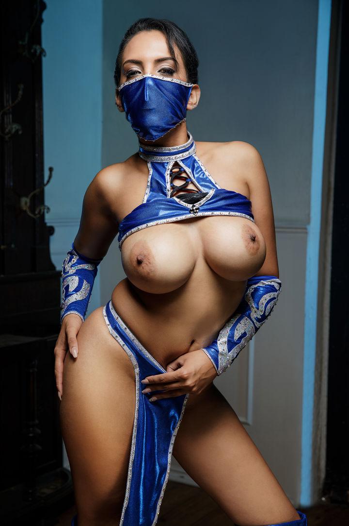 Katrina Moreno's VR Porn Videos, Bio & Free Nude Pics