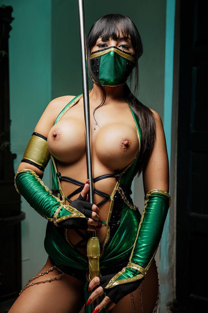 Alba De Silva's VR Porn Videos, Bio & Free Nude Pics