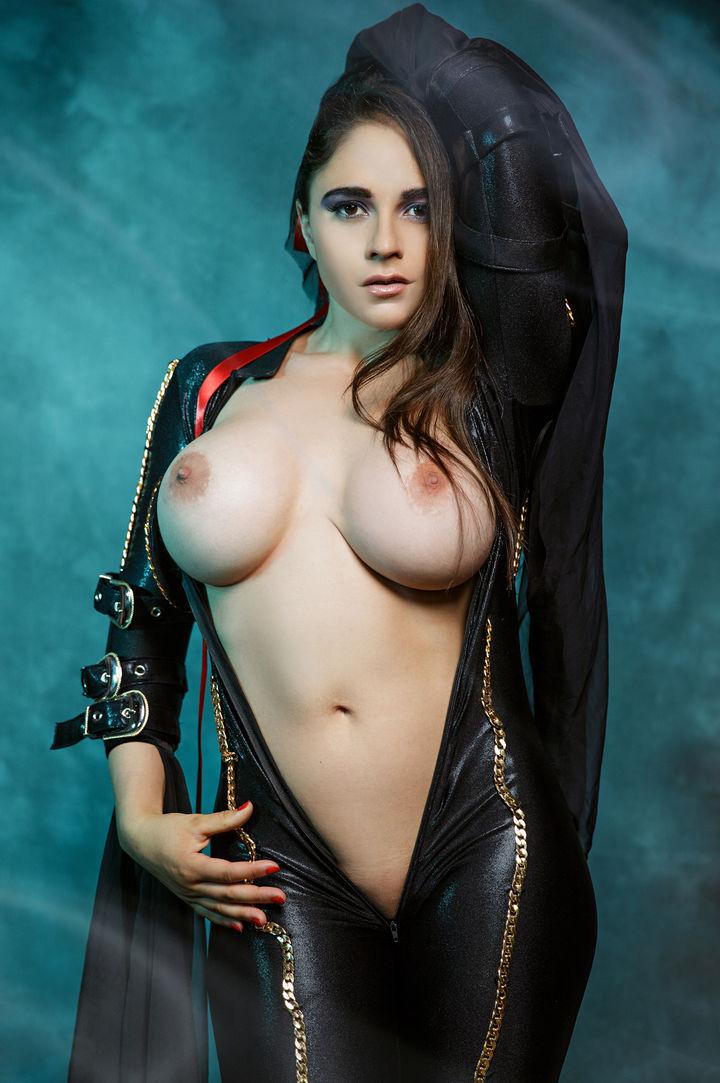 Marta LaCroft's VR Porn Videos, Bio & Free Nude Pics