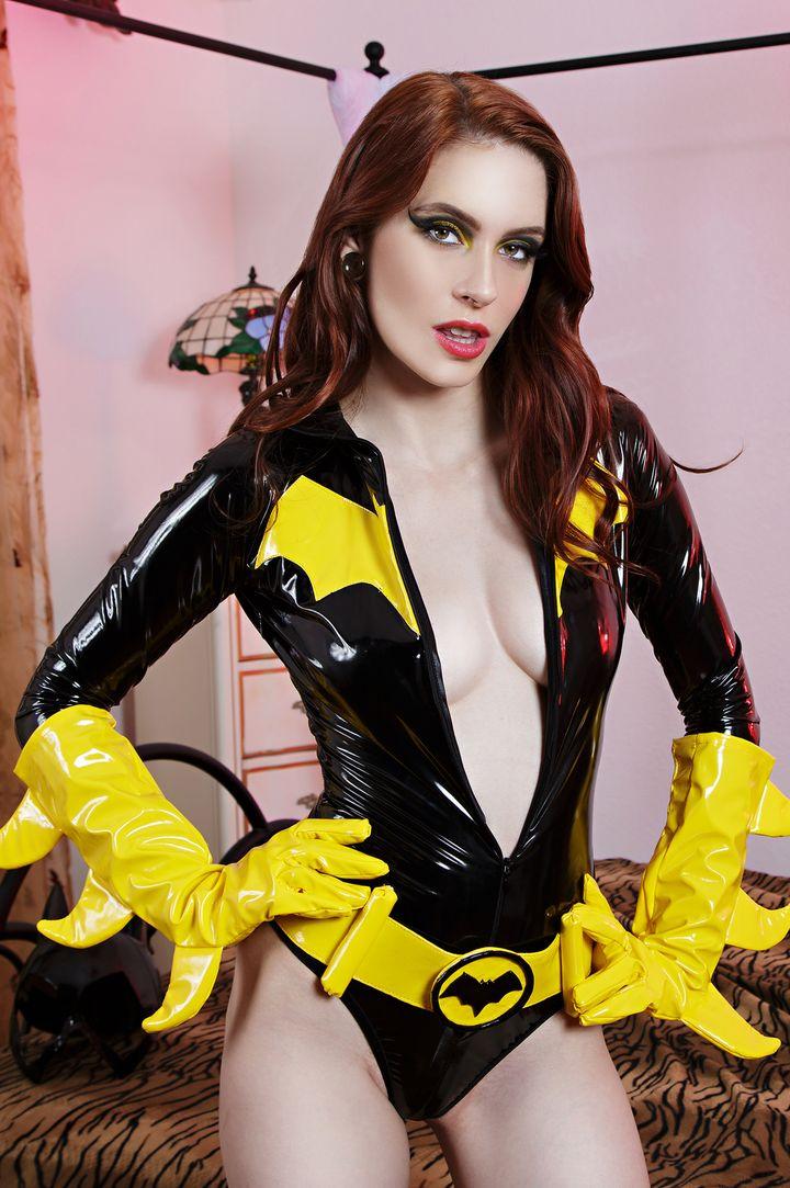 Anna Deville's VR Porn Videos, Bio & Free Nude Pics