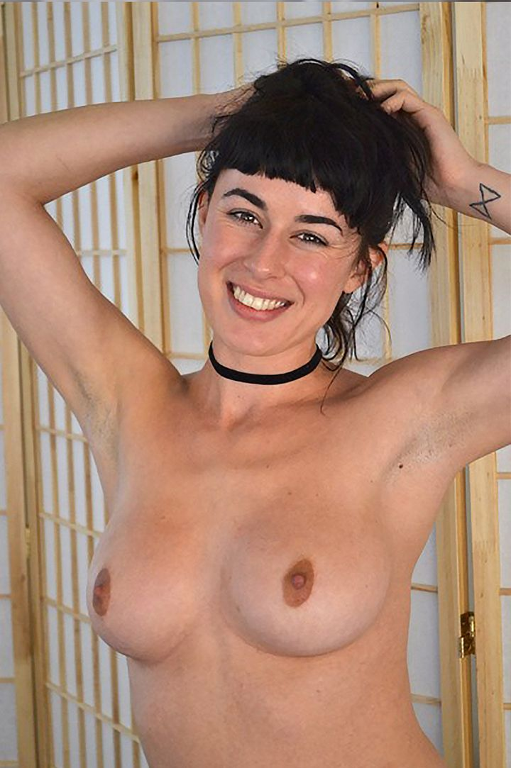 Olive Glass's VR Porn Videos, Bio & Free Nude Pics