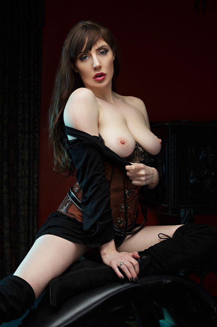 Samantha Bentley's VR Porn Videos, Bio & Free Nude Pics