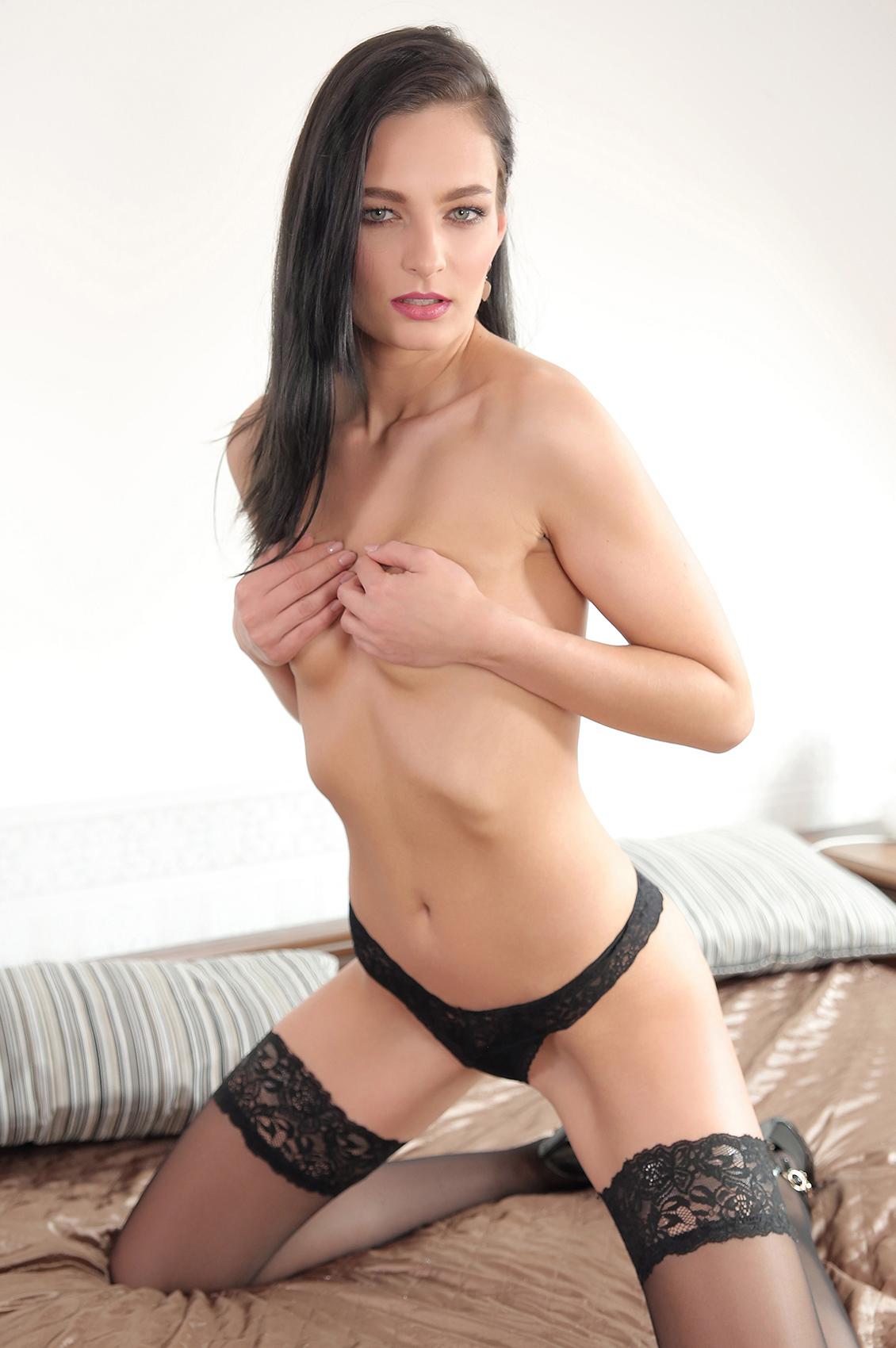 Lee Anne's VR Porn Videos, Bio & Free Nude Pics