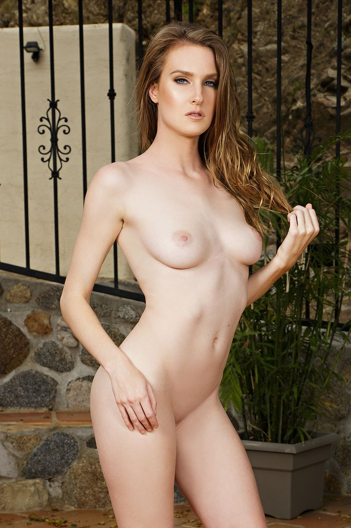 Ashley Lane's VR Porn Videos, Bio & Free Nude Pics