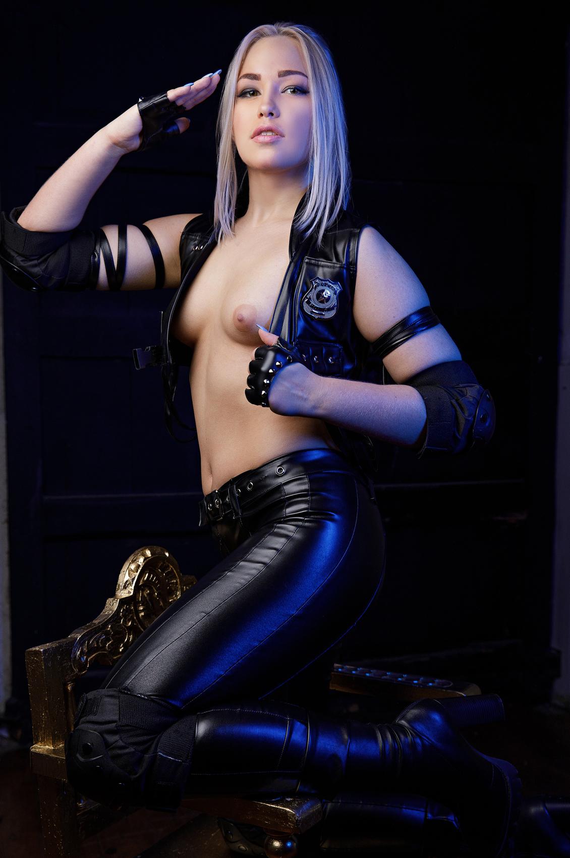 Selvaggia Babe's VR Porn Videos, Bio & Free Nude Pics