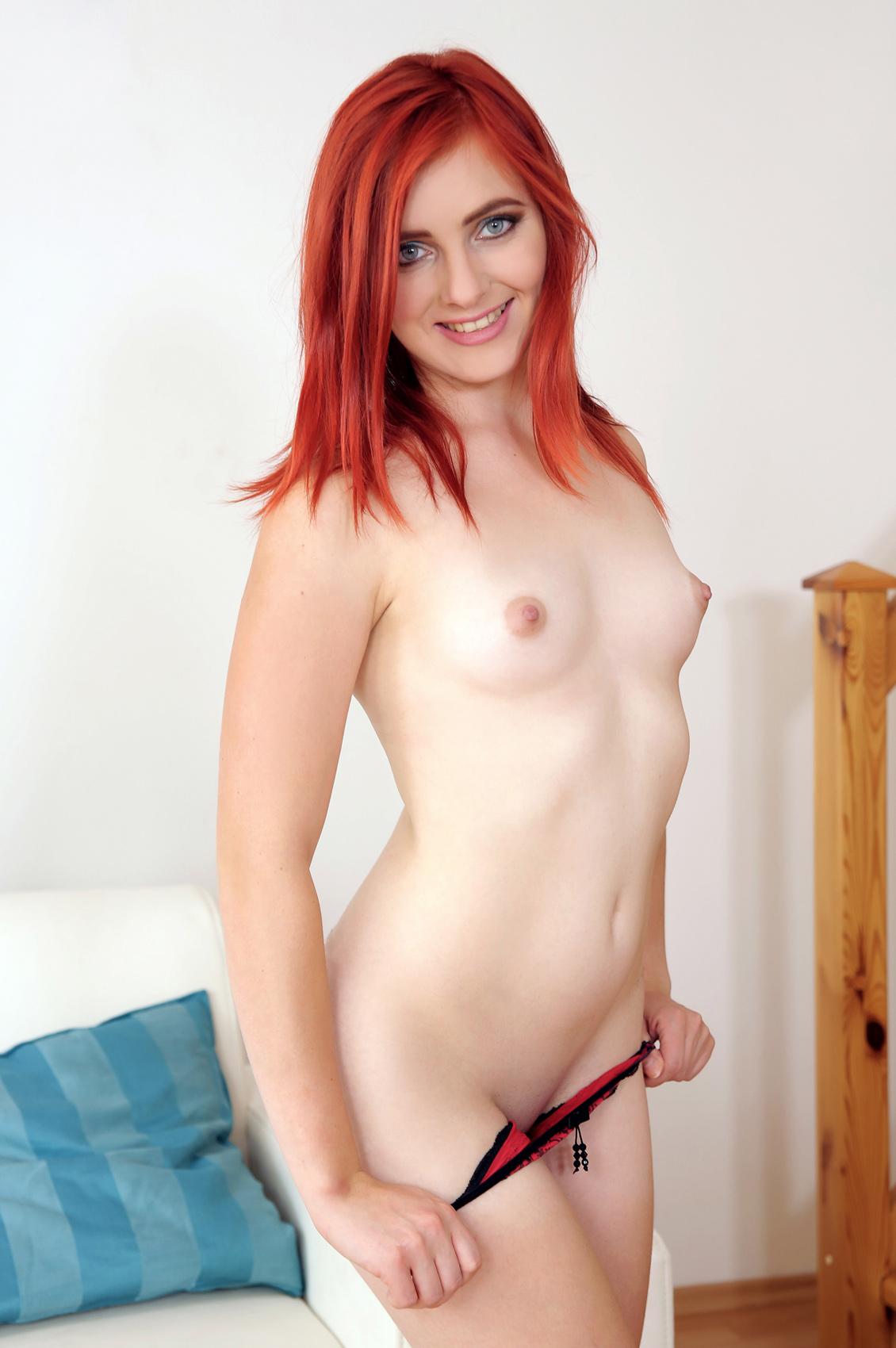 Vanessa Shelby's VR Porn Videos, Bio & Free Nude Pics