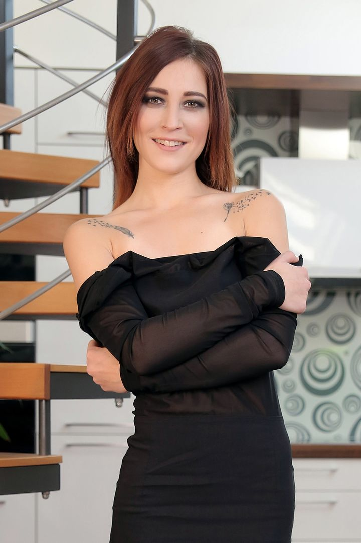Mina K's VR Porn Videos, Bio & Free Nude Pics
