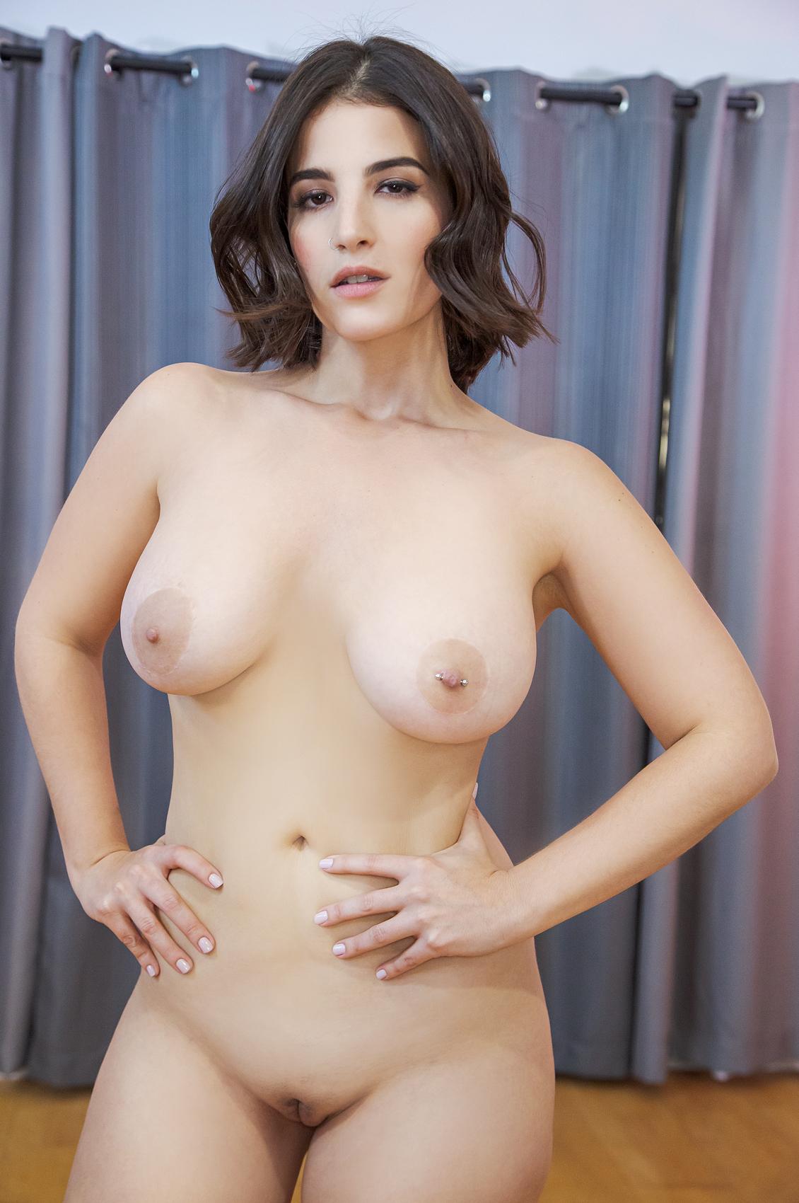 LaSirena69's VR Porn Videos, Bio & Free Nude Pics