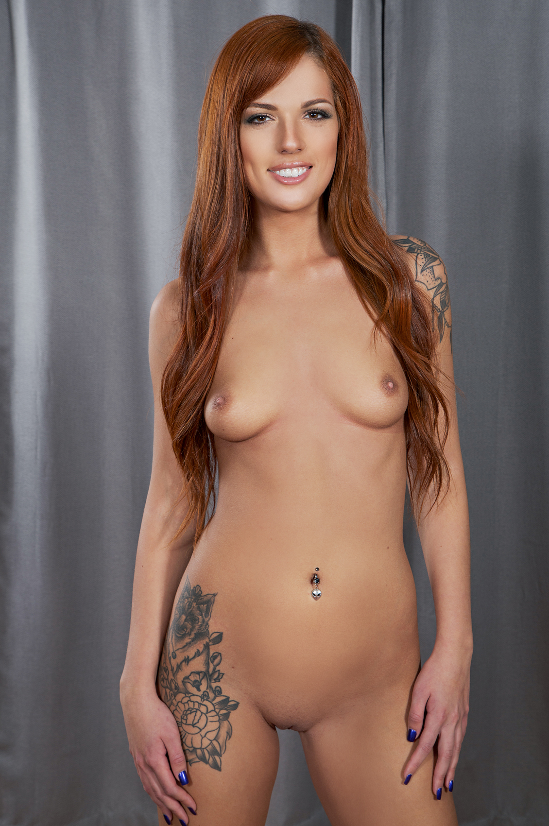 Scarlett Mae's VR Porn Videos, Bio & Free Nude Pics