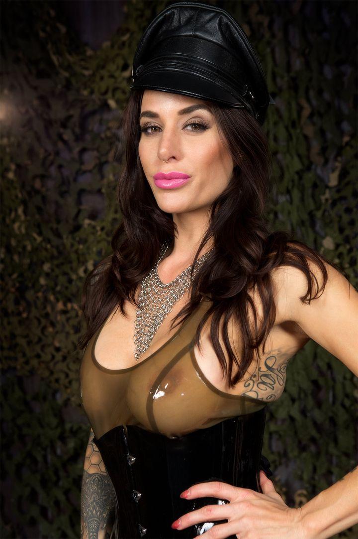 Gia DiMarco's VR Porn Videos, Bio & Free Nude Pics