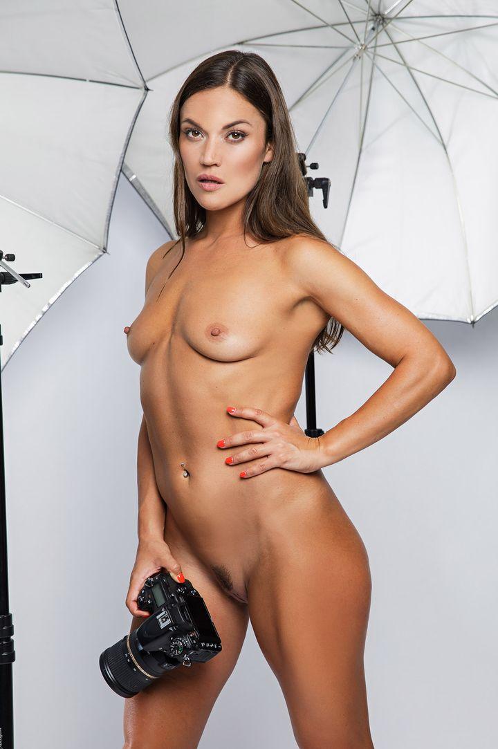 Alyssa Reece's VR Porn Videos, Bio & Free Nude Pics