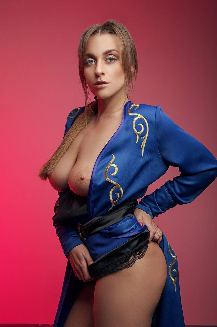 Josephine Jackson's VR Porn Videos, Bio & Free Nude Pics