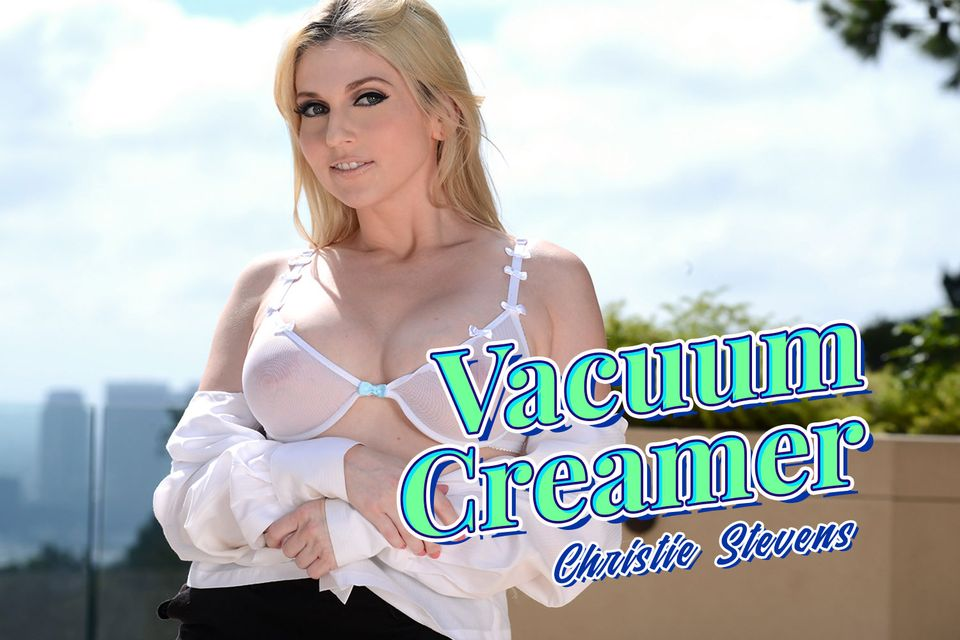 Vacuum Creamer VR Porn Video