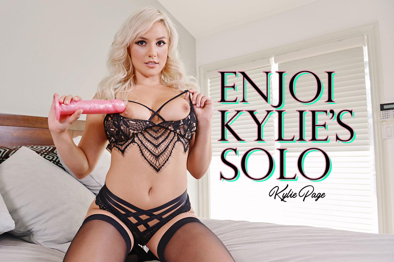 EnJOI Kylie's Solo VR Porn Video