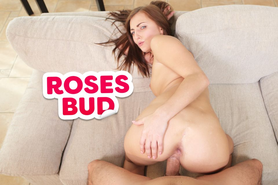 Rose's Bud VR Porn Video