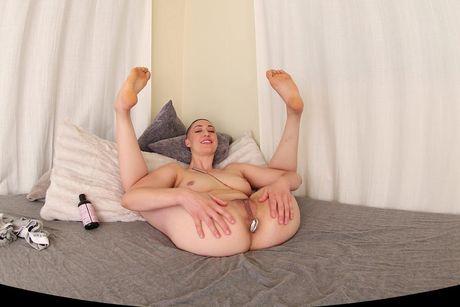 Iris Ives Fills Both Holes VR Porn Video