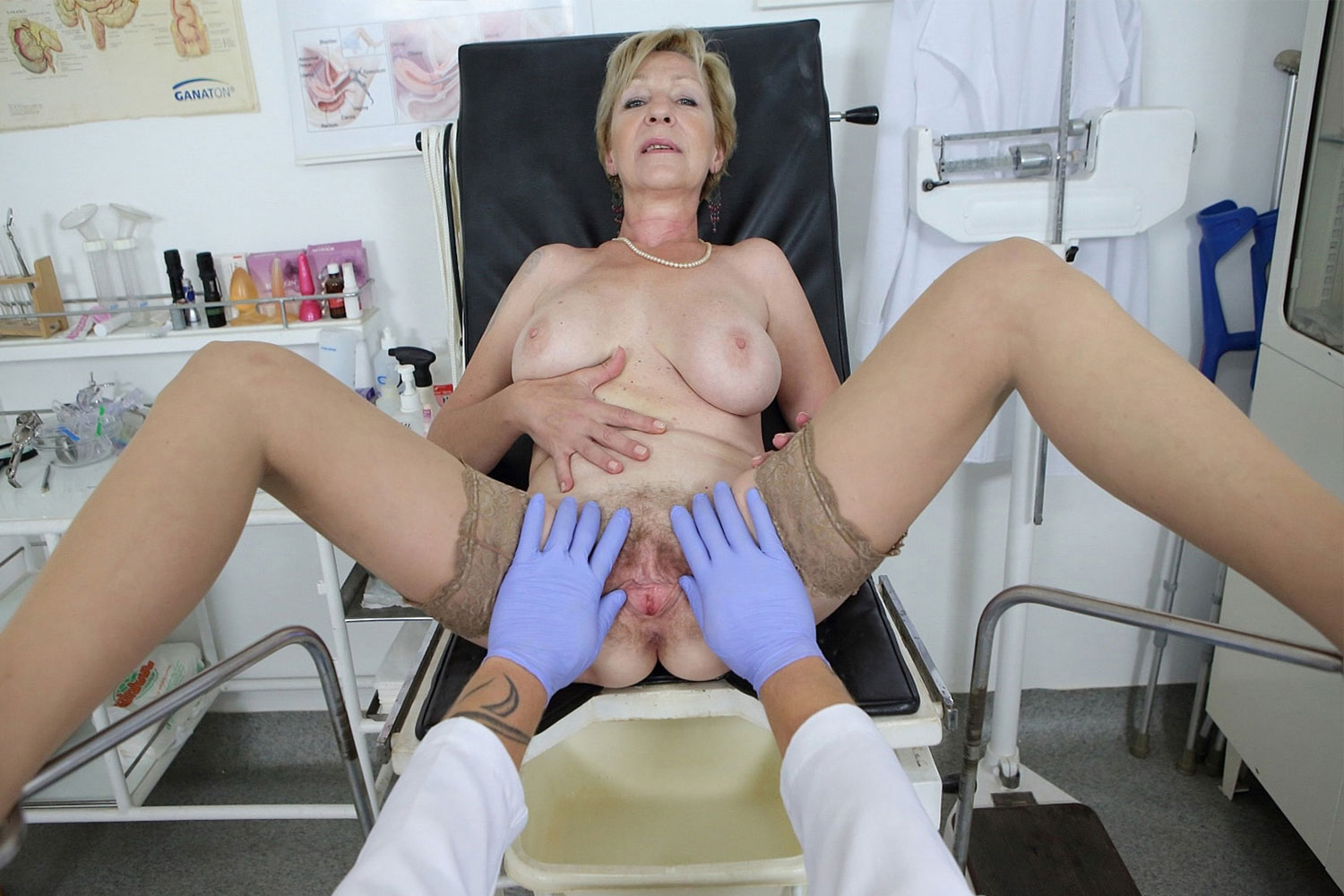 Fucked By a Gynecologist VR Porn Video