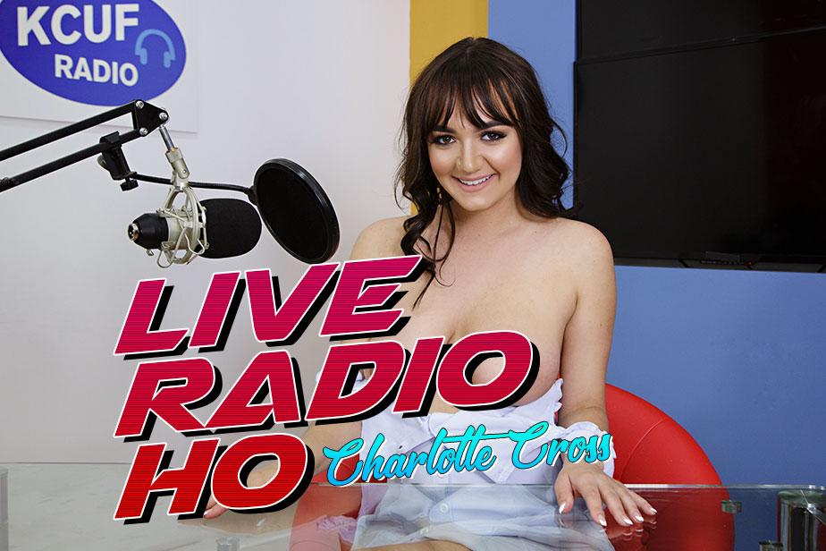 Live Radio Ho VR Porn Video