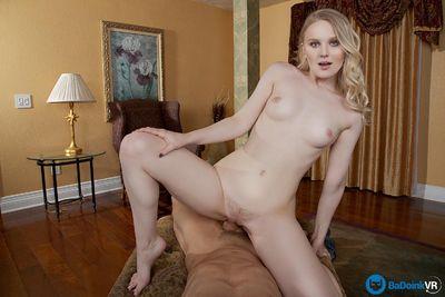 Poon Rader VR Porn Video