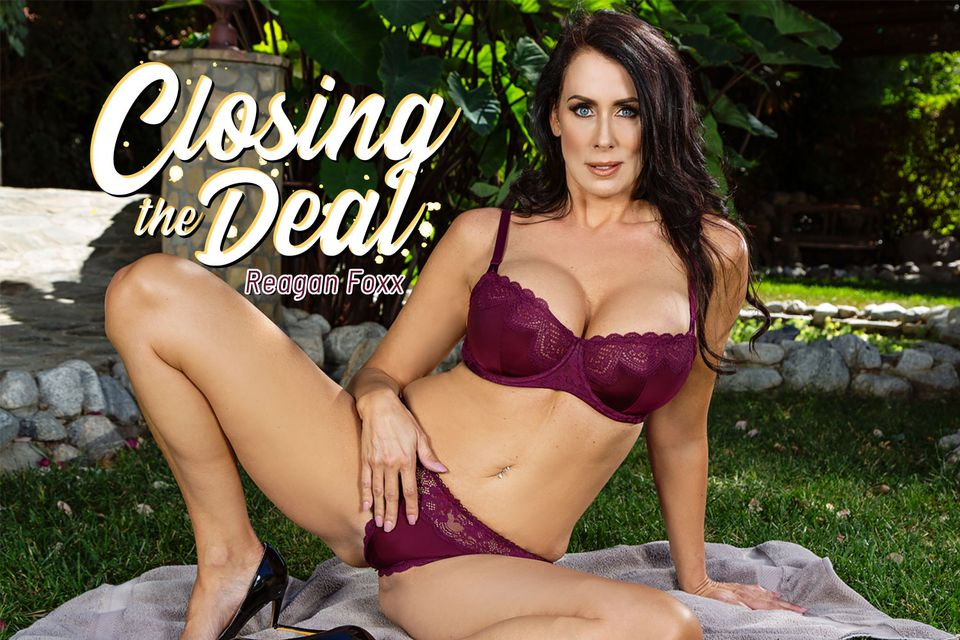 Closing The Deal VR Porn Video