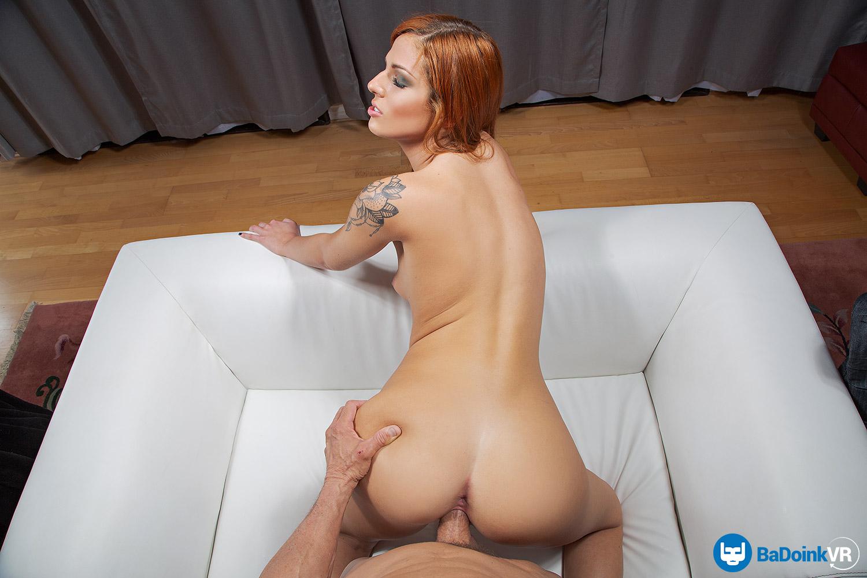 Scarlett's Wetter VR Porn Video