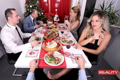 The Christmas Dinner VR Porn Video