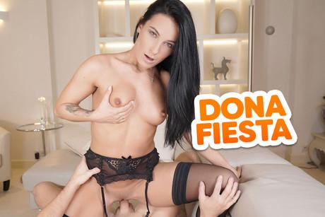 Dona Fiesta VR Porn Video