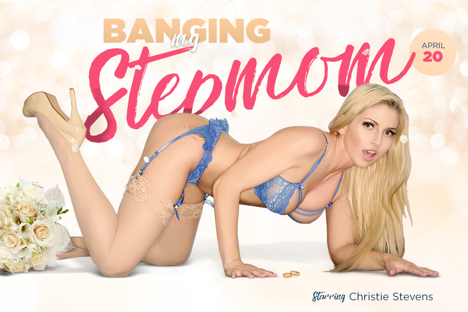 Banging My Stepmom VR Porn Video