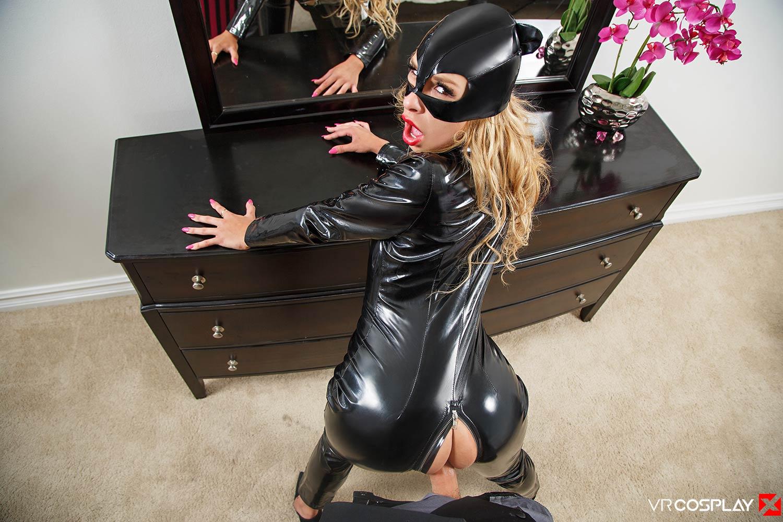 Catwoman XXX screenshot